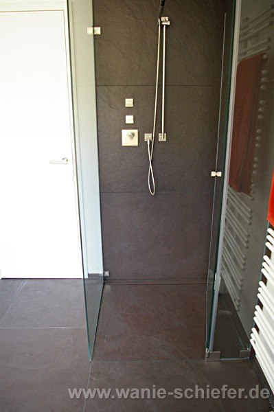ebenerdige dusche modern raum und m beldesign inspiration. Black Bedroom Furniture Sets. Home Design Ideas