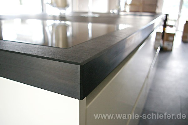 wanie raum stein deutschlandweit schiefer exklusiv k chenarbeitsplatten. Black Bedroom Furniture Sets. Home Design Ideas